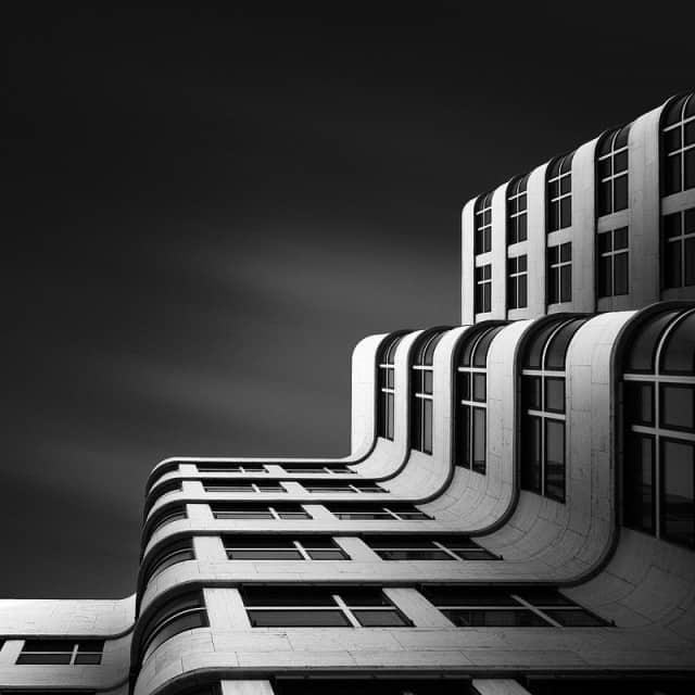 3.Joel-Tjintjelaar-Shell-Haus-Berlin-e1357832539963